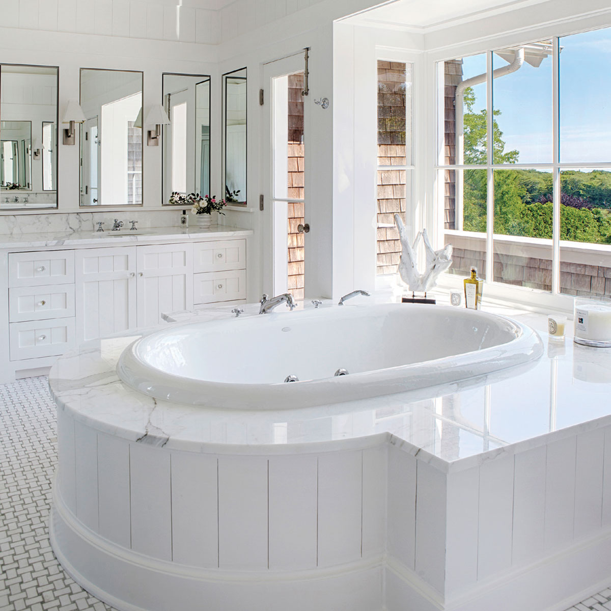 bridgehampton-bathroom.jpg