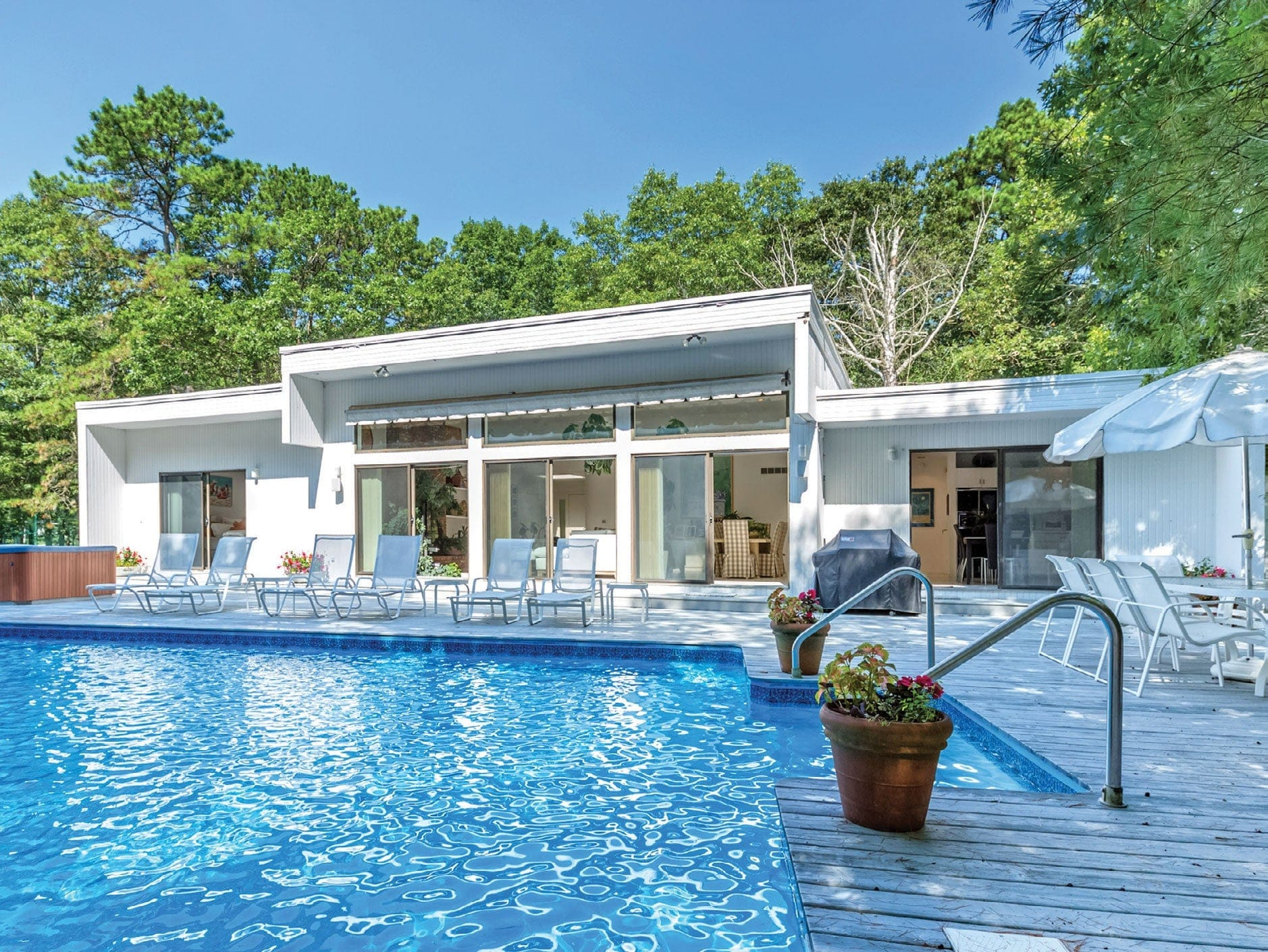 quogue-property.jpg
